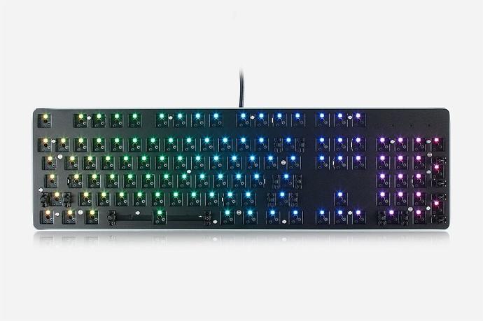 mechanical-keyboard-the-glorious-gmmk-1_9d56b17b-23be-4a16-986b-c43e1406eb5e